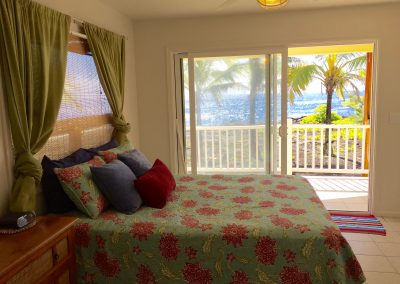 Downstairs Ocean Front Master Bedroom (Queen)